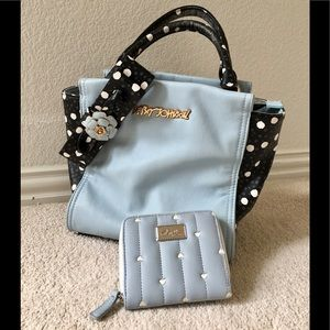💙BETSEY JOHNSON TOTE & WALLET SET💙